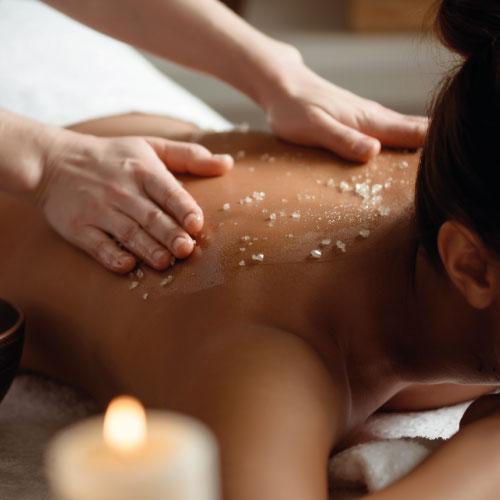 Massage & gommage - Dermessence - institut de beauté